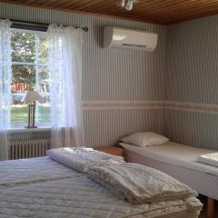 vare4_varberg_boende_interior-sovrum1