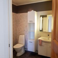 vare4_varberg_boende_interior-badrum2